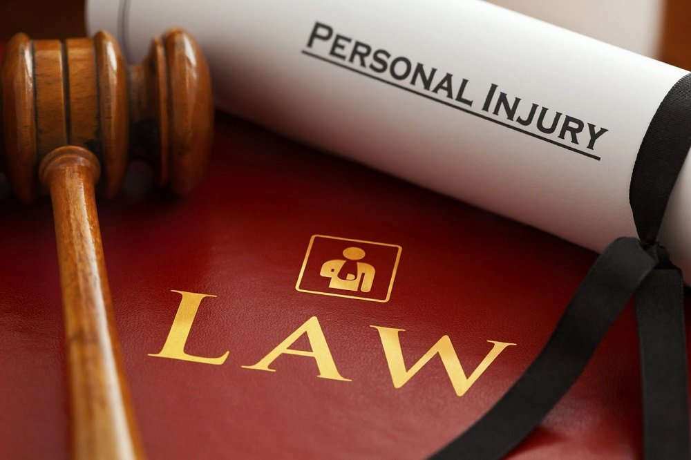 10 Steps to Become a Personal Injury Lawyer - Careerbright.com